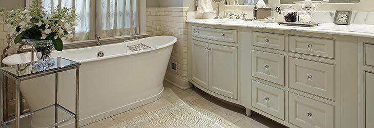 Zo plaatst u eenvoudig een ligbad in uw badkamer